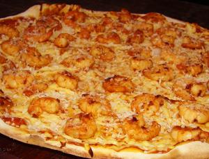 Pizza de camarão com alho-poró da Villa Rios