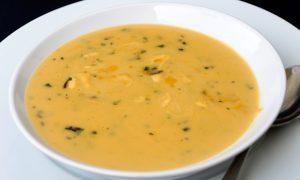 Caldo de vegetais antiácido: pode ajudar contra a gastrite e reduz a acidez do estômago (Getty Images)