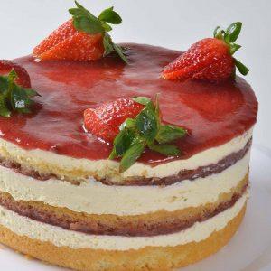 Torta de Leite Ninho com Geleia de Morango da Tortelê