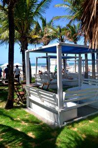 Vojnilô Praia: bela vista, boa sombra e comida saborosa de frente para o mar (Foto: Carlos Eduardo)