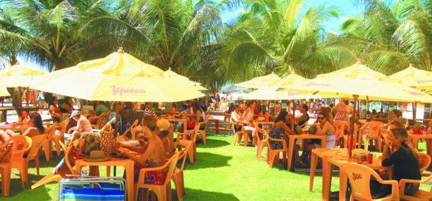 Barraca Marulho se torna barraca conceito na Praia do Futuro