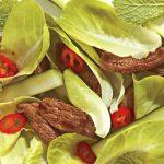 Salada crocante com filé-mignon