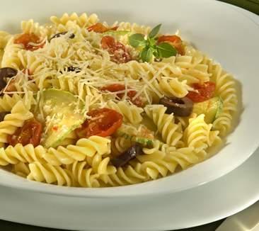 Dica de jantar: Parafuso com Tomate Cereja e Manjericão