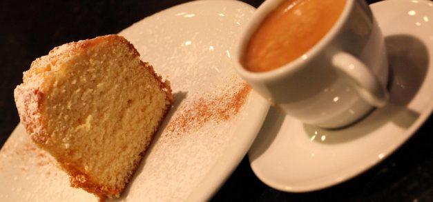 Café com bolo: quem não gosta?