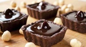 Tortinha de chocolate e manga (Divulgação)