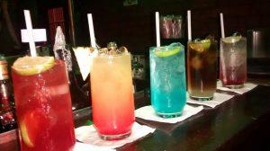 Drinks são os grandes destaques entre as bebidas que a casa oferece (Foto: Divulgação)