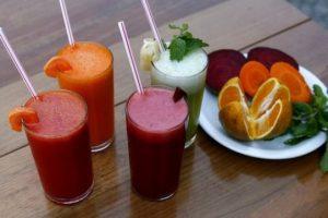 Sucos naturais são boa opção para mantar a forma e cuidar da saúde (Foto: Divulgação)