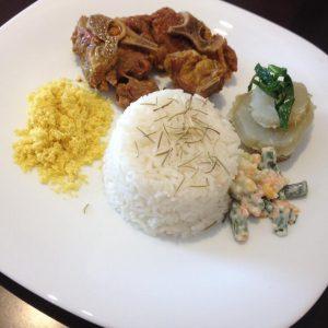 Casa traz menu rico em opções para almoço durante a semana (Foto: divulgação)