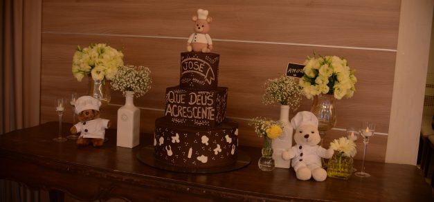 Chalkboard cakes: bolos que estão na moda