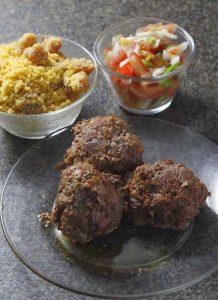 Bolinhas de carne são outra opção do Restaurante Zena