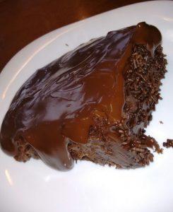 Bolo de chocolate da Doce Gula