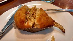 Coxinha de caranguejo: delícia crocante da Doce Gula