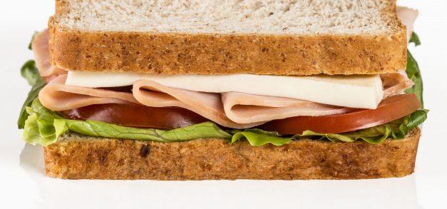 Tostex apresenta nova linha de sanduíches naturais