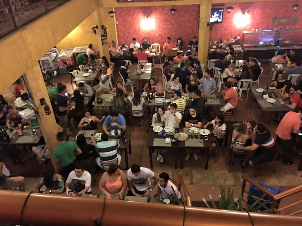 restaurantes com musica ao vivo
