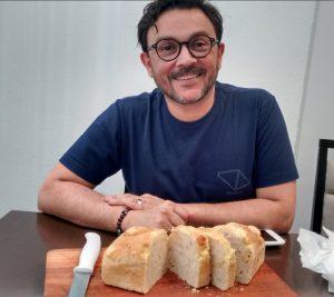Karliano Pereira, criador e mantenedor da Rosmarino Pães