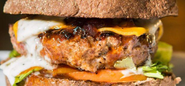 Imprensa Food Square reinaugura seu espaço gastronômico