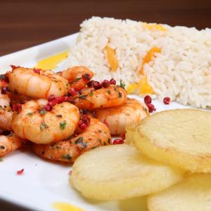 Camarão Casa Rosada é opção do Cabaña para quem prefere ir de frutos do mar (Divulgação)