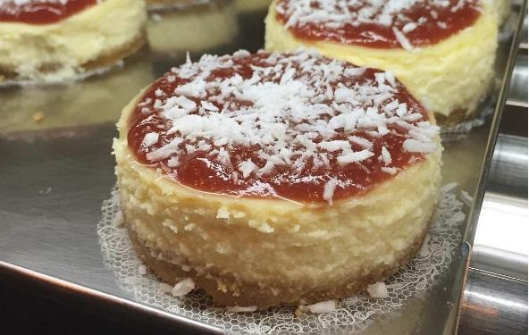 Giro de delícias em Fortaleza: Frappuccino de oreo ou um pedaço de bolo de ninho com goiabada?