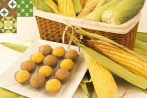 Brigadeiros de milho e paçoca