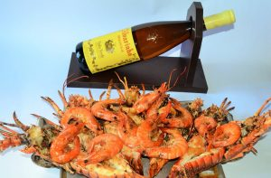 Camarões e lagostas fazem parte de pratos variados, como o Arroz de Mariscos (Divulgação)