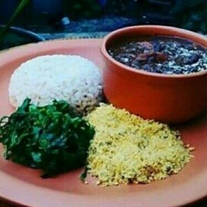 Feijoada vegetariana do Mandir