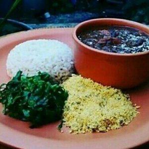 Feijoada vegetariana do Mandir