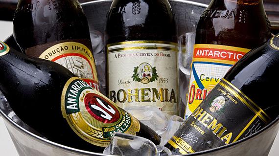 Mercadinhos São Luiz lança promoções de bebidas para o Carnaval