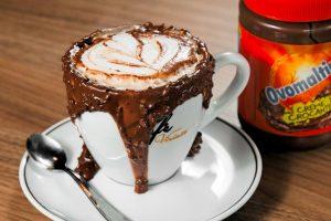 Café com creme de Ovomaltine do Viriato Café