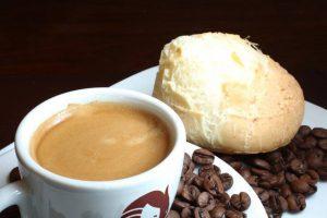 Tiamate Coffee, café com pão de queijo