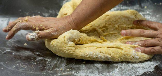 Escola de Gastronomia Social oferta 520 vagas em cursos livres gratuitos