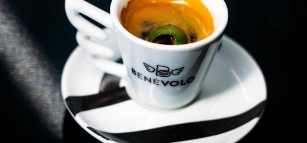 Benévolo Café e Gelato atualiza cardápio com sorvetes, sucos, sanduíches, chás e mais