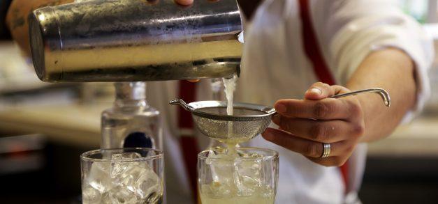 Instituto Diageo forma mais de 600 bartenders no Ceará