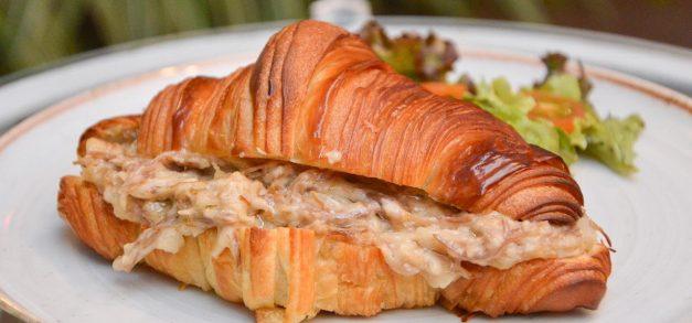 Croissant: conheça a história do prato e confira uma dica de onde experimentar em Fortaleza