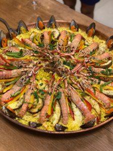 Paella com lagostins
